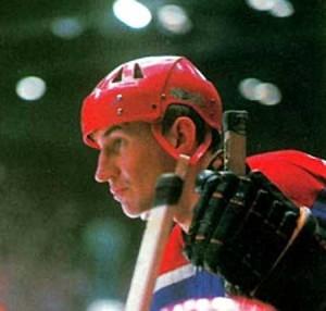 Виктор Кузькин — трехкратный олимпийский чемпион (1964, 1968, 1972) по хоккею с шайбой - фото